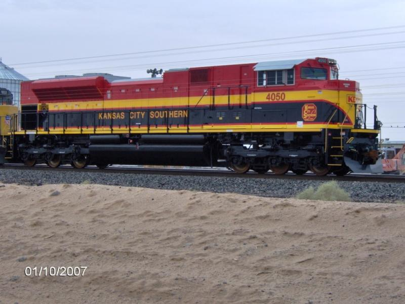 Kansas City Southern's Heritage loco # 4050 westbound in Yuma Jan. 2007
