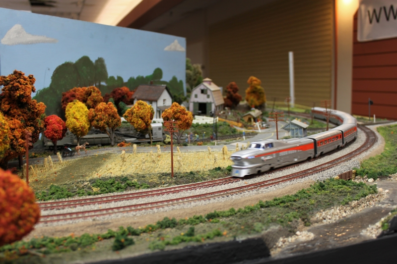 ymrr aerotrain through Amish farm